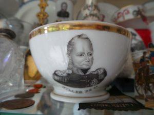 Porselein kom met portret Willem I.