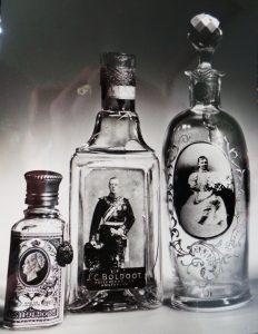 Diverse Boldoot flessen uit voormalig Boldoot museum