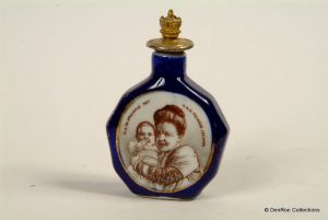 Boldoot parfumflesje is gemaakt in diverse uitvoeringen waarvan hier een afgebeeld