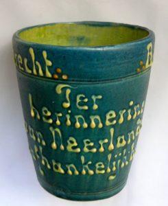 bijzondere beker gemaakt in Utrecht ( mobach) 1813 1913