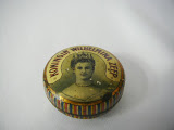 small soap tin with Queen Wilhelmina